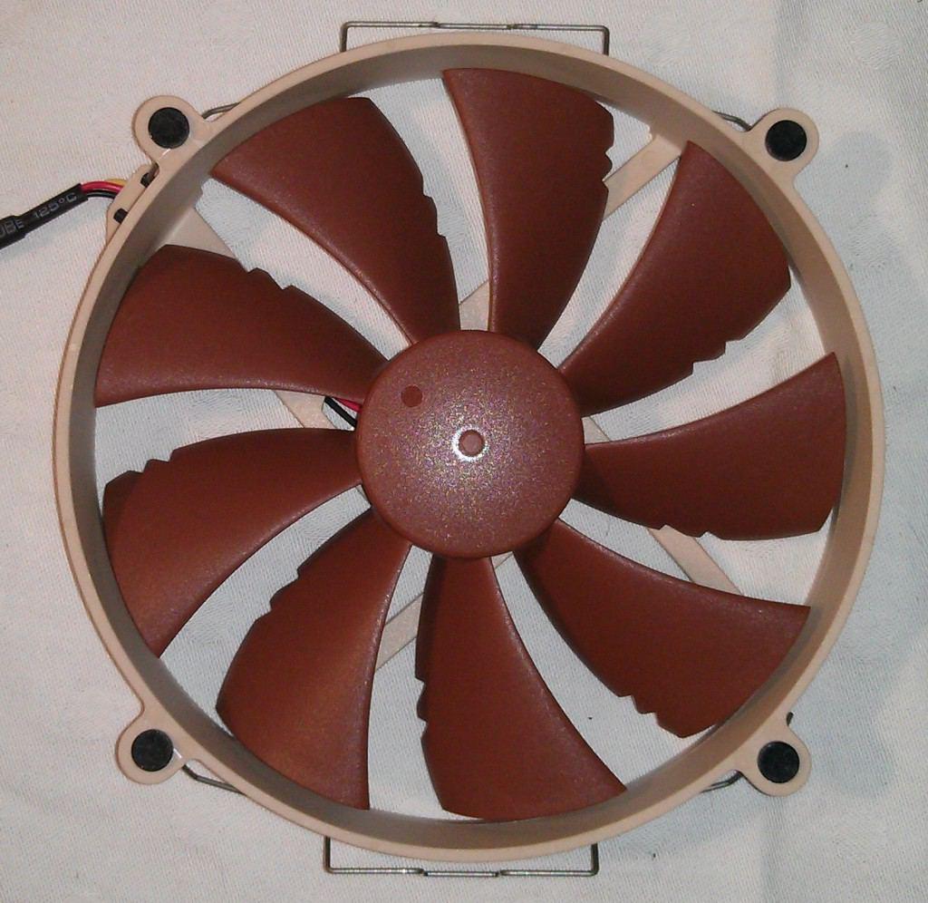 Noctua_NH_C14_ventilateur_face