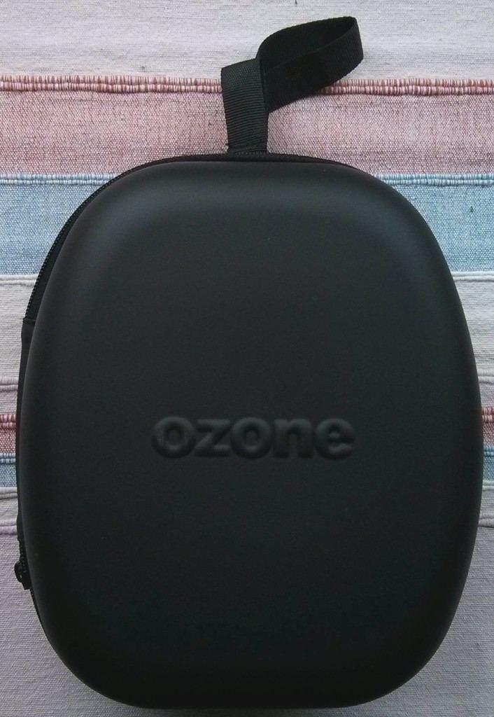Ozone_Onda_Pro_boite_fermeture_eclaire_face