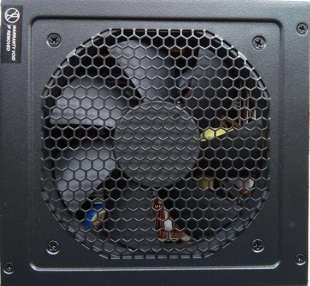 Seasonic_G550_dessus_ventilateur