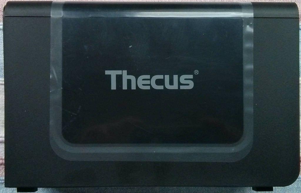 Thecus_N2310_cote1