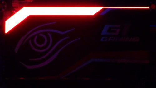 Gigabyte_X99_Gaming_5_led1