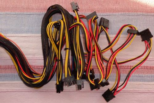 Silverstone_Strider_Essential_ST60F_cables