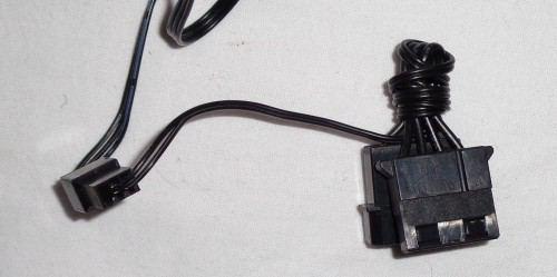 Cooler_Master_Silencio_652S_connectique_ventilateurs