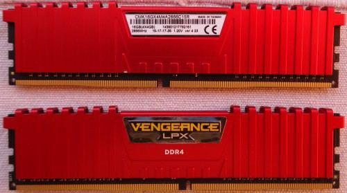 Corsair_Vegeance_DDR4_4_x_4_GB_avant_et_arriere