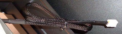 Fractal_Design_Core_3300_interieur_cable_tresse_ventilateur