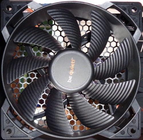 be_quiet_silent_base_800_ventilateur