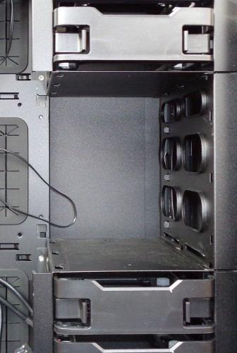 Antec_P380_cages_disques_durs_modulaires