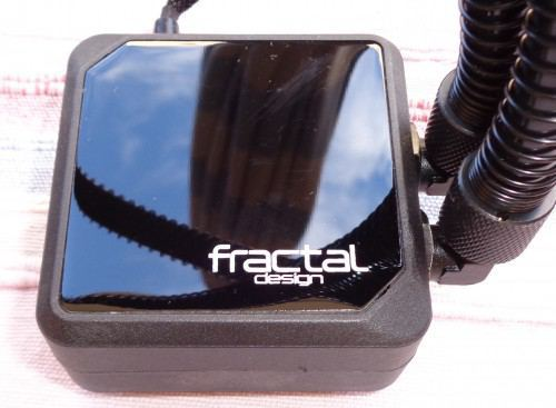 Fractal_Design_Kelvin_S36_waterblock1