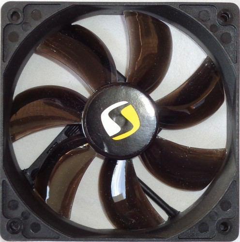 SilentiumPC_XE1236_ventilateur_devant