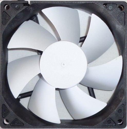 NZXT_Kraken_G10_ventilateur1