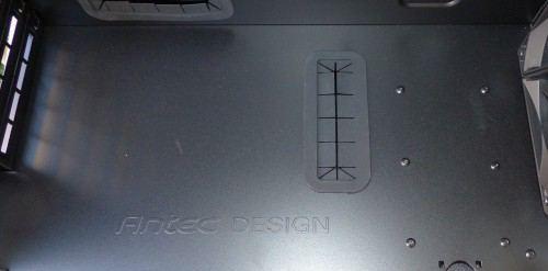 Antec_Signature_S10_interieur6_dessus_alimentation