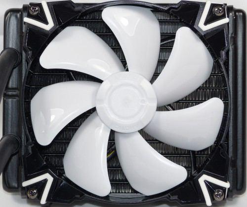 Arctic_Cooling_Accelero_Hybrid_III_140_radiateur_ventilateur