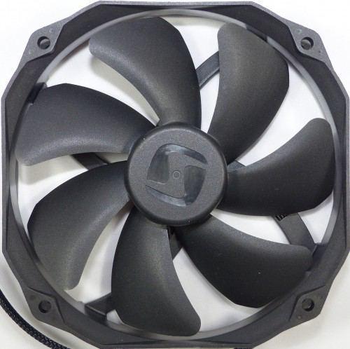 SilentiumPC_Fortis_3_ventilateur1