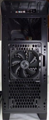SilentiumPC_Gladius_M35_pure_black_exterieur_facade2