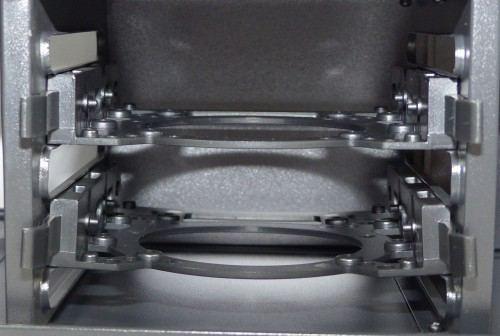 SilentiumPC_Gladius_M35_pure_black_interieur_arriere_disques_durs