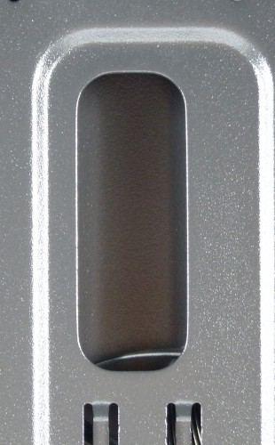 SilentiumPC_Gladius_M35_pure_black_interieur_passe_cables2