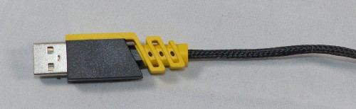 Corsair_Scimitar_RGB_cable