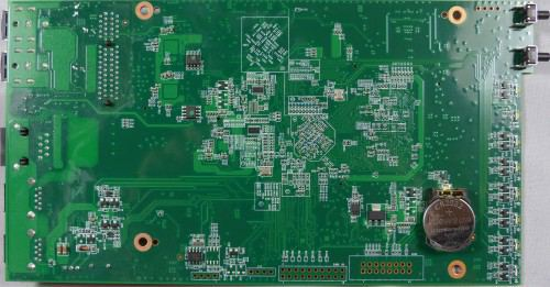Thecus_N4310_exterieur_PCB2