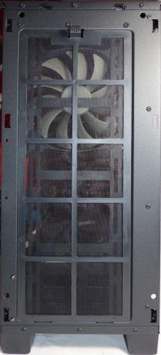 Corsair_carbide_400Q_exterieur_facade2