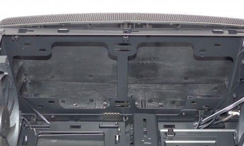 NZXT_Manta_interieur_emplacements_ventilateurs_dessus