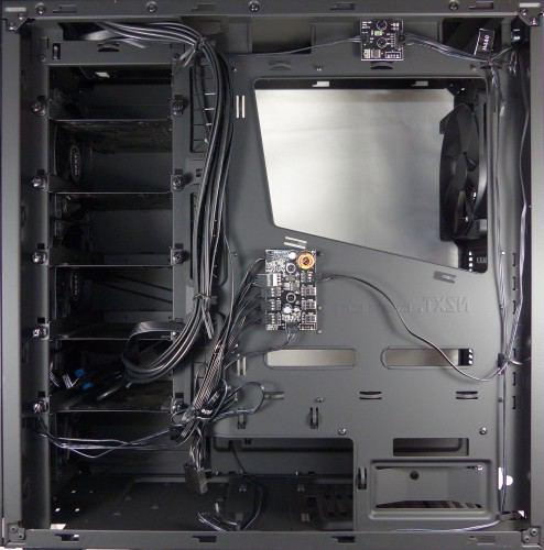 NZXT_H440_black_interieur_arriere