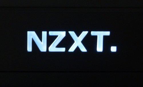 NZXT_H440_black_led1