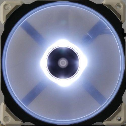 Corsair_ML_Pro_LED_allume2