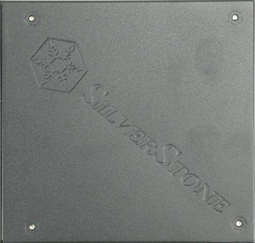 silverstone_sf700-lpt_dessous
