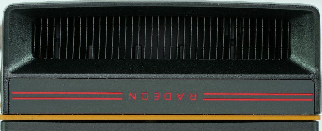 AMD Radeon RX 5700, arrière, radiateur supplémentaire
