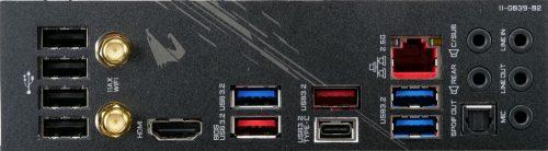 Gigabyte Z490 Aorus Pro AX plaqueI/O