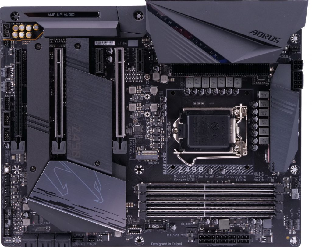 Gigabyte Z490 Aorus Pro AX vue du dessus